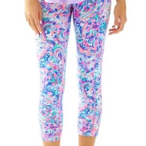 ISO LILLY PULITZER LEGGINGS!!!! ❤❤