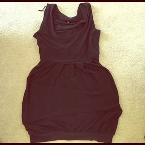 Dresses & Skirts - Little black dress with balloon hem