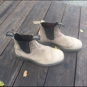 Shoes - Blundstone boots