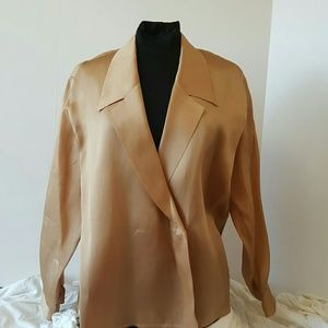 J. Crew Tops - J.Crew 100% Silk long sleeve blouse
