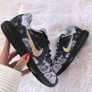 Nike Shoes - NWT Nike ID custom zoom floral silver swoosh