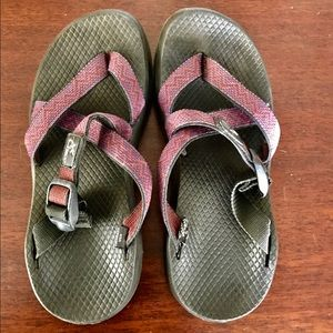 Chacos Shoes - Purple and Red Zig Zag Chaco Chongs