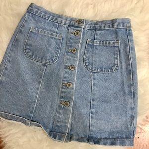 Brandy Melville Dresses & Skirts - Brandy Melville button up denim skirt