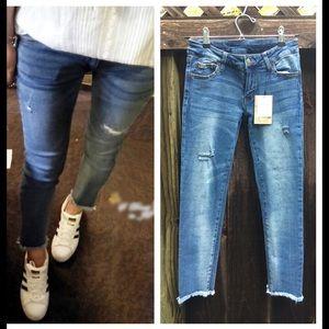 Boutique Denim - NWT Super Soft Fringe Distressed Skinny Jeans