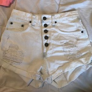 White bleached Denim CarMar shorts