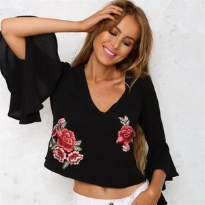 🆕Cali Black Bell Sleeve Floral Embroidery Top