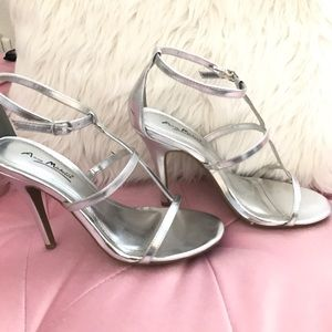 Anne Michelle Shoes - Silver Heels