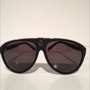 DSQUARED Other - Dsquared Black Aviator Sunglasses