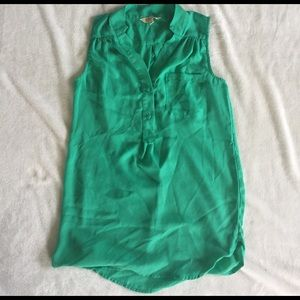 sheer green top size S