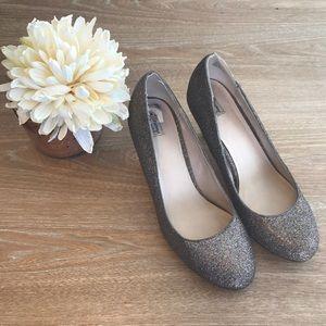 Olsenboye Shoes - SPARKLING HEELS 👠