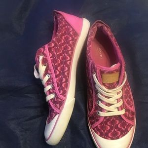 Coach Shoes - Coach pink berry signature casual sneakers