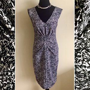 Express Dresses & Skirts - 🌹EXPRESS pleated v-neck dress black & white 4
