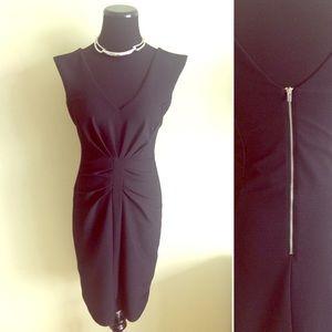Express Dresses & Skirts - 💋 EXPRESS pleated v-neck dress LBD in black 4