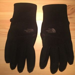 The North Face Other - North Face Gloves