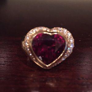 One of a kind Garnet and Yellow Gold Ring