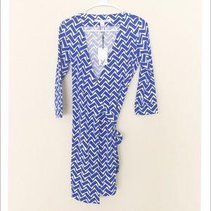 Diane von Furstenberg Dresses & Skirts - 🆕NWT Diane Von Furstenberg wrap dress SZ 2