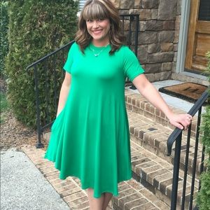 Kelly Green Midi Dress