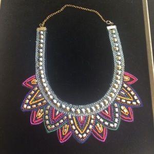 Jewelry - Colorful stone flower choker