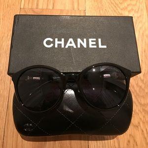 CHANEL Accessories - Chanel pearl sunglasses
