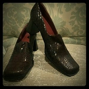 A. Marinelli Shoes - A. Marinelli brown pumps