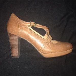 Clarks Shoes - NWOB Indigo by Clarks Flyrt Rouge Mary Janes