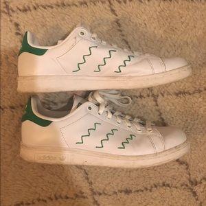 Adidas Shoes - Zig zag Stan smith