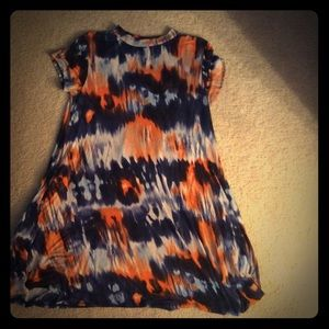 Dresses & Skirts - Tie dye swing crew neck dress with pockets!