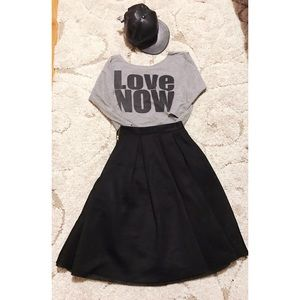 Forever 21 Love Now gray 3/4 sleeve cropped top