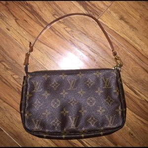 Gucci Pouchette Handbag Purse