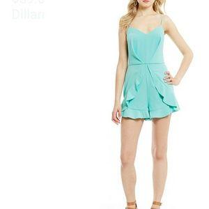 Giani Bernini Dresses & Skirts - 🎉 SALE!SALE🎉🆕Gianni Bini Strappy Ruffled Romper
