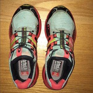 Salomon Shoes - Women's Salomons size 7