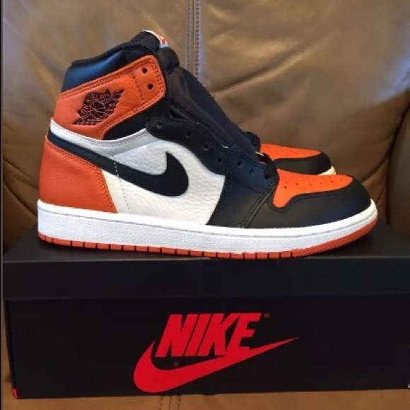 huge discount 91c5e d21a2 Shattered Backboard 1's