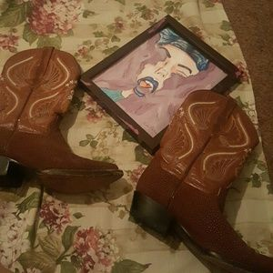 Vintage Shoes - *PRICE DROP FOR AN HOUR* Brown pointy cowboy boots