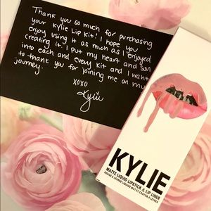 Kylie Cosmetics Other - 🍑 Kylie Jenner Dirty Peach Lip Kit! 👄