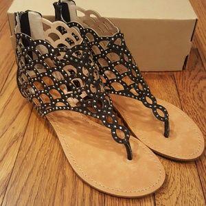 Zigi Soho Shoes - Zigi Soho Sz 9 Mela Jeweled Cage Thong Sandals