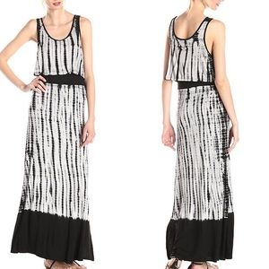 Dresses & Skirts - B/W maxi dress