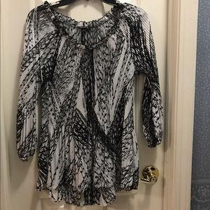 Other  Tops - EUC Women's black and white long sleeve blouse.