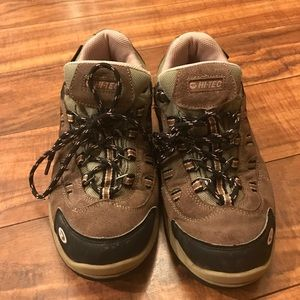Hi-Tec Shoes - Hiking boots