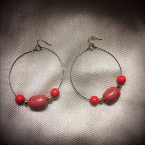 Jewelry - Pretty coral and gold gone hoop earrings