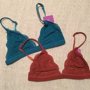 Other - 2 left! Must Have Lace Bralette