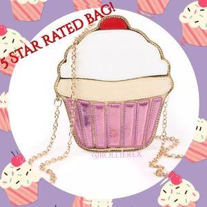 Handbags - Cupcake 🍰 Bag