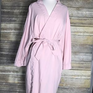 Bare Necessities Other - Super soft, pink cotton robe with pockets