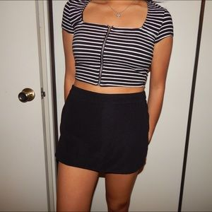 CUTE BLACK MINI SKORT