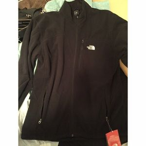 The North Face Jackets & Blazers - North Face Jacket/Sweater listed 🅿️🅿️ Only