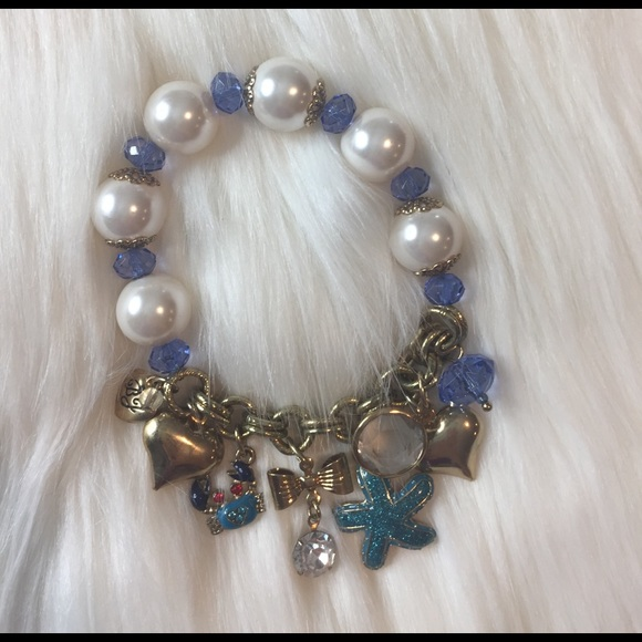 Betsey Johnson Jewelry - Vintage Betsey Johnson charm bracelet