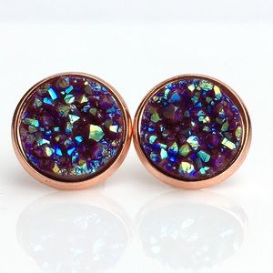 thejeweladdict Jewelry - 3 for 15🎀chocolate maroon faux druzy rgold studs