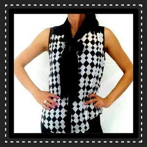 Black & White Sleeveless Fashion Top