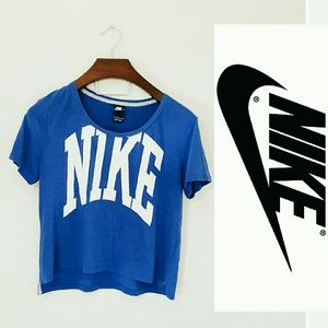 Nike Tops - Nike cropped top! Small