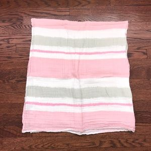 aden + anais Other - Muslin baby swaddles