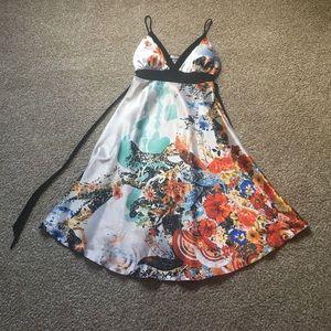 Matri USA Dresses & Skirts - Abstract Flora Summer dress